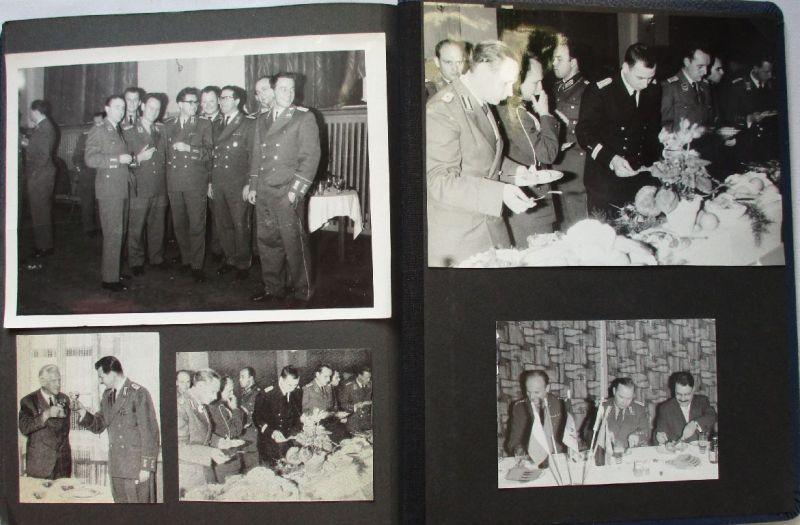 Sehr seltenes DDR Fotoalbum NVA mit 96 Fotos und Postkarten (127095)