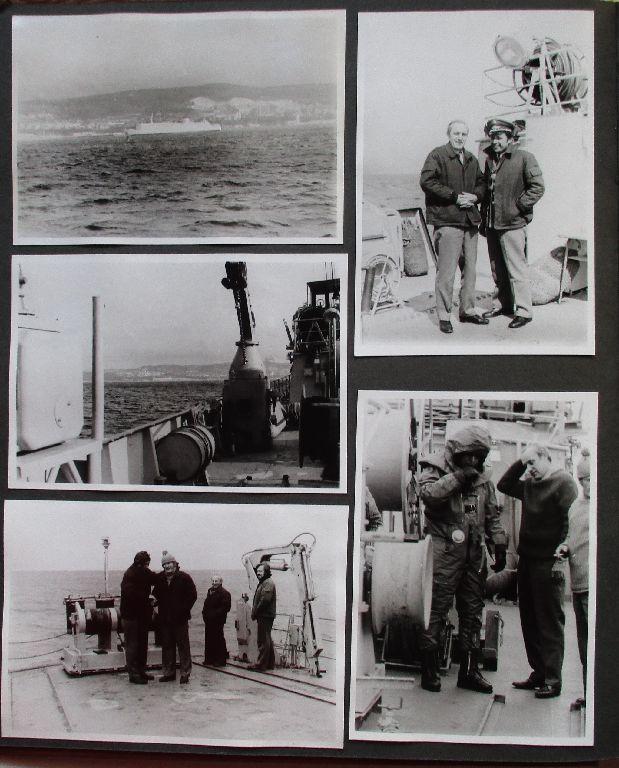 Sehr seltenes DDR Fotoalbum NVA mit 143 Fotos und Postkarten (113344)
