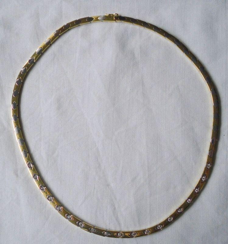 Elegante Kette aus 750er Gold mit 19 Diamanten (111289)