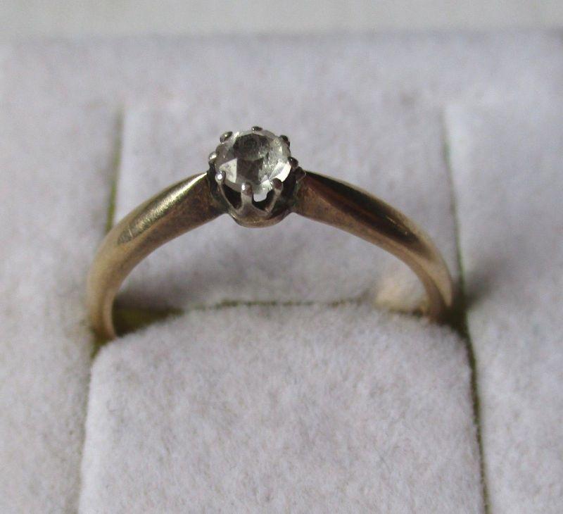 Hochwertiger 585er Gold Ring Damenring mit weißem Edelstein (100992)