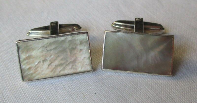 Zeitlos elegante 835er Silber Manschettenknöpfe mit Perlmutt Auflage (129477)