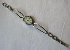 Seltene Damen Armbanduhr GUB Glashütte 17 Rubis Made in GDR (129472)