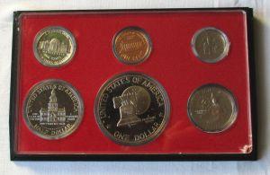 Satz mit 6 Münzen USA 1976 in polierte Platte im Original Etui (129834)