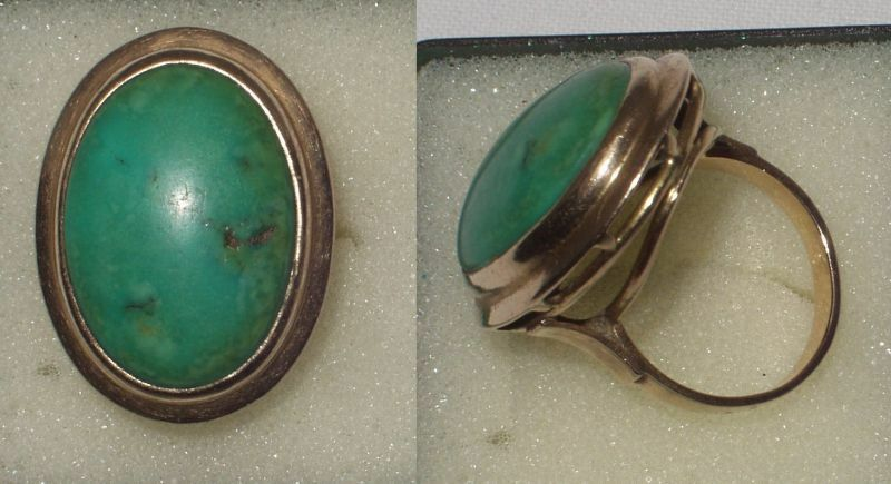 Grosser Damen Ring 585er Gold mit grünem Stein um 1930
