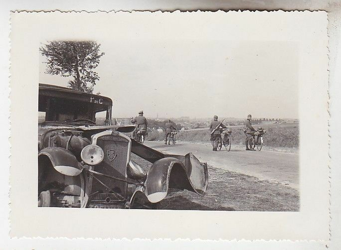 68582 Original Foto Auf der Fahrt bei Arras 2.Weltkrieg