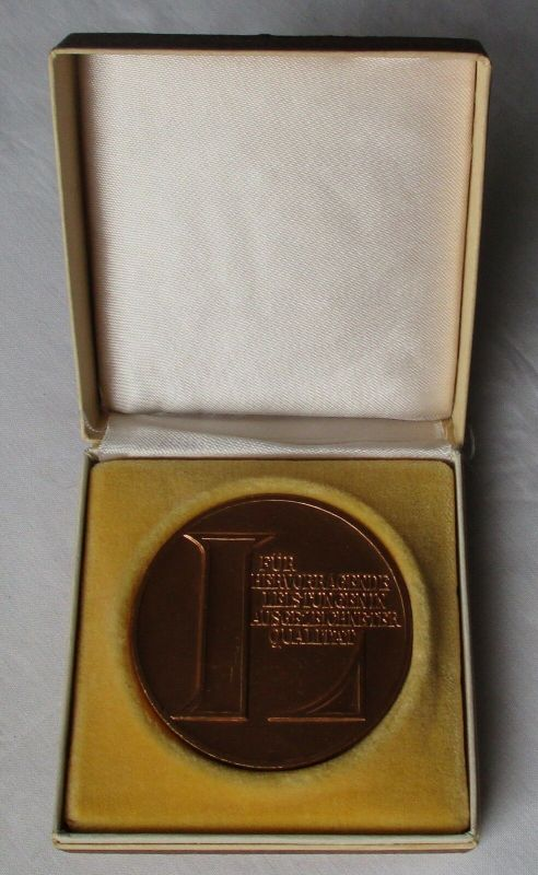 DDR Medaille VEB Wohnungsbaukombinat Gera hervorragende Leistungen (129240)