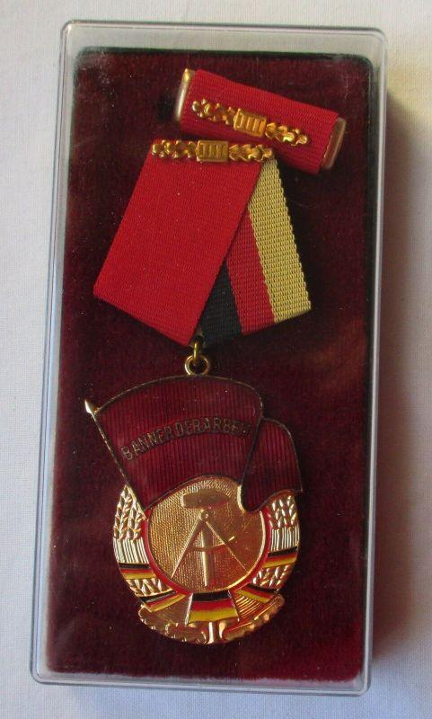 DDR Orden Banner der Arbeit Stufe III im Original Etui (105298)
