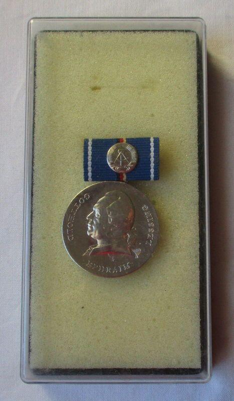 DDR Medaille Gotthold Ephraim Lessing in Silber im Originaletui (105335)