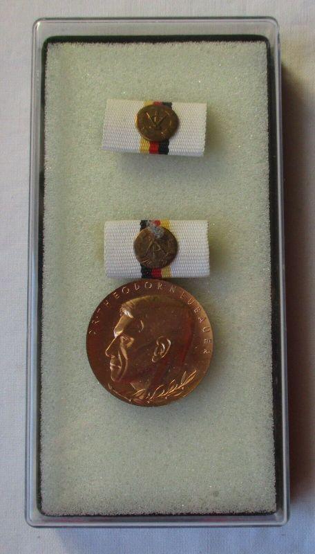 DDR Orden Dr. Theodor Neubauer Medaille in Bronze im Etui (100548)