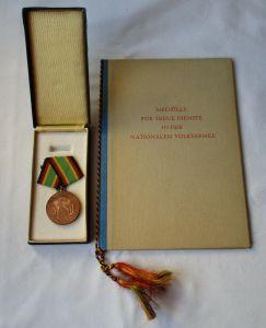 DDR Medaille NVA für treue Dienste Silber Urkunde Minister Hoffmann 1965(115531)