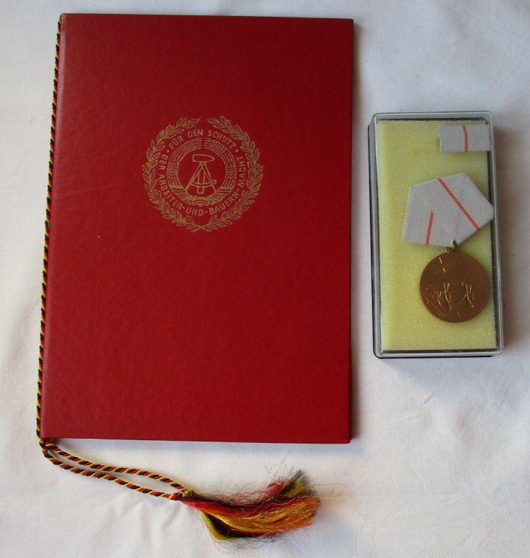 DDR Medaille der Waffenbrüderschaft in Bronze im Etui + Urkunde (115469)