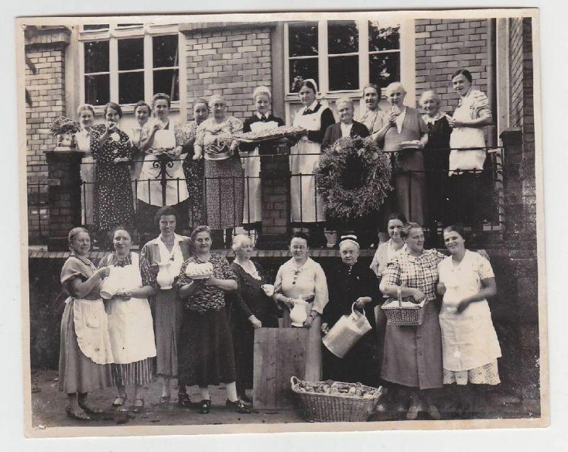 Seltenes Original Foto Colditz Vorbereitung zum Kaffee um 1935 (117787)