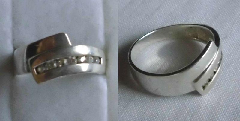 Eleganter Damenring 925er Silber mit 7 weißen Steinen (119633)