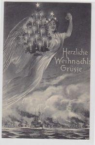 79357  Herzliche Weihnachts Grüsse Ak Siegesgöttin mit Tannenbaum über Flotte