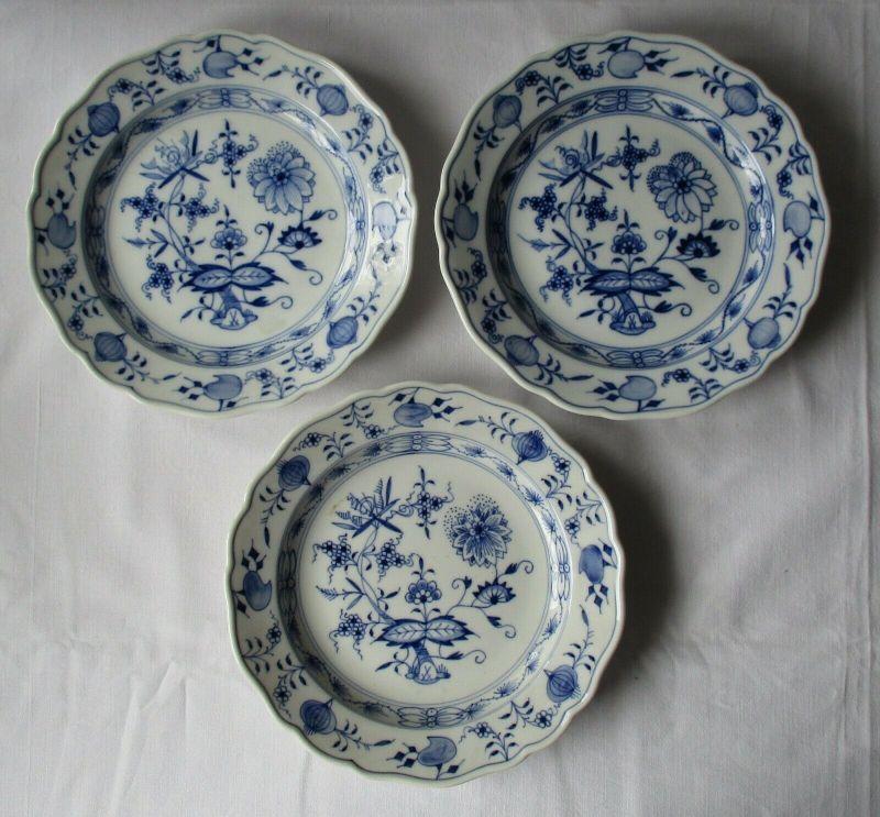 Meissen Porzellan Zwiebelmuster 3 wunderschöne Teller Ø 18 cm (112715)