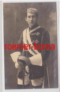 86127 Foto Ak Studentika Augsburg Student mit Scherpe und Degen um 1910