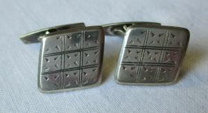 Elegante 835er Silber Manschettenknöpfe mit Karomuster (109243)