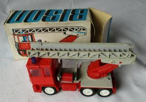 DDR Modellauto Spielzeug Feuerwehr Firma Bison in OVP (117175)