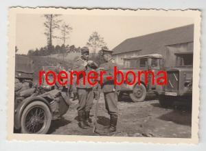 57315 Original Foto Militär LKW und Motorrad mit Kennung im 2.Weltkrieg