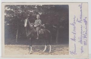 80341 Foto Feldpost AK Cottbuser Soldat Husar auf Pferd 1916