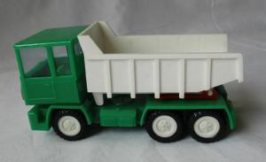 DDR Modellauto Spielzeug Kipplaster Lastkraftwagen LKW (129608)