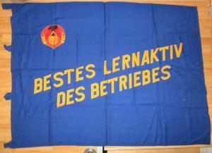 Seltene Original DDR Fahne Flagge Bestes Lernaktiv des Betriebes (126557)