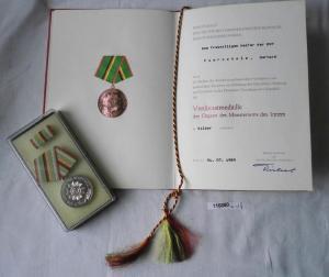 DDR Urkunde und Verdienstmedaille des MdI in Silber (116850)