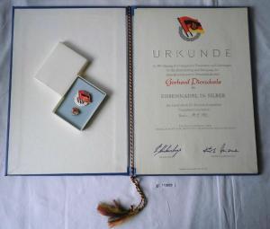 DDR Urkunde & Ehrennadel der DSF in Silber 1981 (118302)
