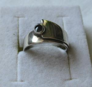 Eleganter 835er Silber Damenring mit schwarzem Onyx Stein (119558)
