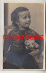 83234 Foto Porträt kleines Mädchen mit Teddybär aus Halle um 1930