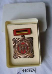 DDR Orden Brigade der sozialistischen Arbeit im Original Etui (110924)