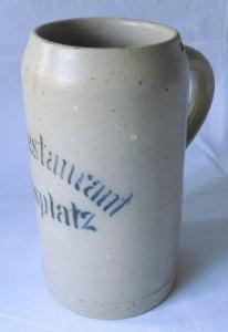 Seltener Keramik Bierkrug 0,8L Leipzig Meßplatz Hauptrestaurant um 1920 (109596)
