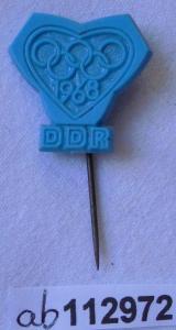 Blaue DDR Anstecknadel Olympische Spiele Olympiade 1968 (112972)
