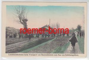 77993 Ak Landsturmkolonne beim Transport von Baumstämmen Bau von Schützengräben
