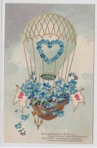 59097 Künstler Präge AK Heißluftballon mit Blumen geschmückt, mit Herz dekoriert