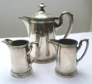3 schöne Silber Kännchen Henniger Berlin um 1870