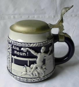 Wunderbarer alter Keramik Bierkrug Kegelklub