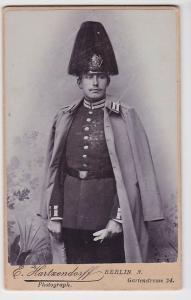05425 Original Kabinett Foto Soldat Berlin mit Garde Paradehelm um 1915