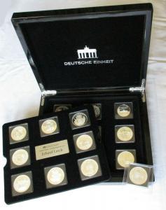 18 Silber Gedenkausgaben zur Deutschen Einheit - Medaillen in Holzetui (130177)