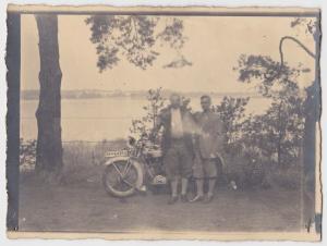 25928 Foto altes Motorrad