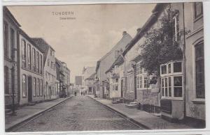 82323 AK Tondern - Osterstrasse, Straßenansicht mit Geschäften 1910