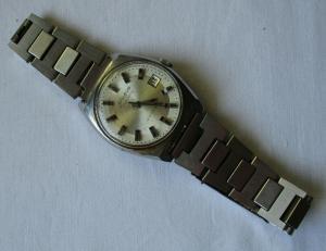 Glashütte Spezimatic 26 rubis Armbanduhr Ehrengeschenk des ZK des SED (103066)