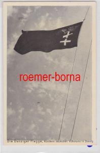 84569 Ak Danzig - Die Danziger Flagge um 1940