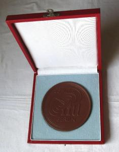 Seltene Meissner Porzellan Medaille 25 Jahre ItU Berlin 1956-1981 (100264)