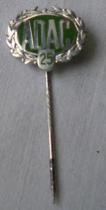 Silberne Ehrennadel für 25jährige Mitgliedschaft 2. Form ADAC (112221)
