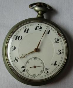 Schöne Nickel Herren Taschenuhr Marke Junghans um 1920 (104934)