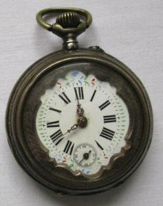 Elegante Jugendstil Taschenuhr mit handbemaltem Emaillezifferblatt (101727)