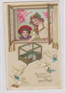 80986 Geburtstags Ak Kinder mit Vogelbauer und 4 Tauben 1910