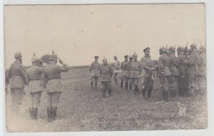 57724 Feldpost Foto Ak der Kronprinz beim Truppenbesuch 1916