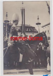 85100 Foto Ak Der Kronprinz zu Pferd salutiert um 1910